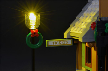 Brickstuff Holiday Street Lamp with Warm White LED and Adapter Board (1-Pack) for Winter Village Market / Station / Toy Shop Lego Sets  - LEAF01-SLAMPHOL