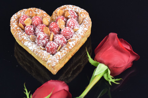 ROMANTIC DESSERTS FROM THE KOHLER PASTRY KITCHEN