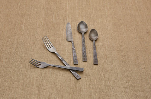 BEAR TRACKS FLATWARE SET/5