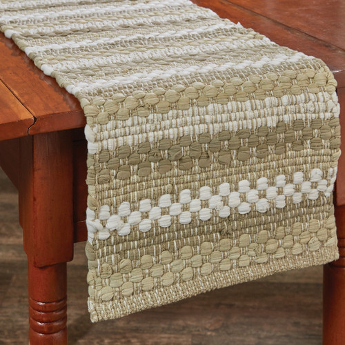 IN THE MEADOW CHINDI TABLE RUNNER 13X54