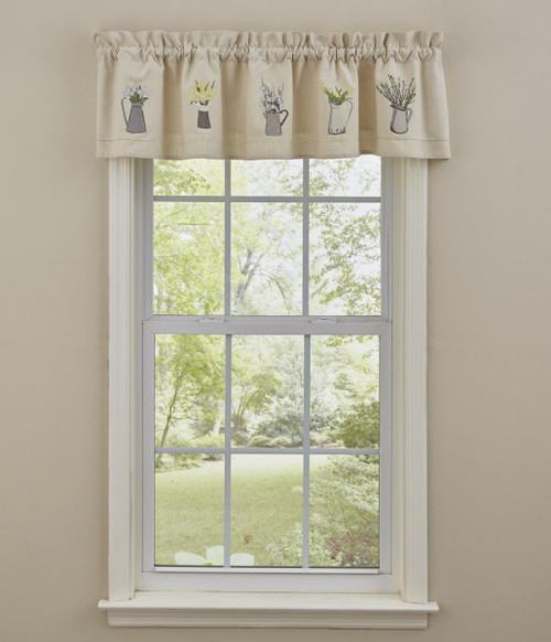 Pitcher w Flower Embroidered Lined Valance