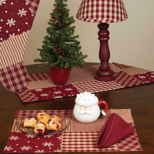"Patchwork Christmas 14"" x 36"" Barn Red"