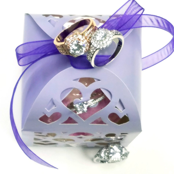 Bauble Ring Gift Bomb