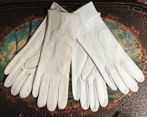 Ladies Long Show Gloves in Cream/Beige