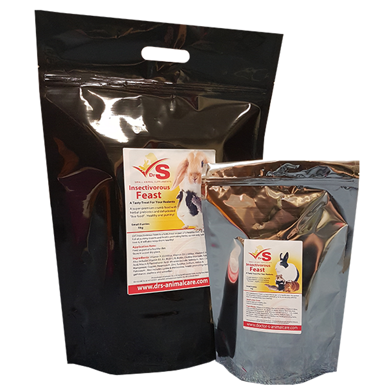 A tasty treat for rodents.  Contains a variety of insects in a soft pre-moistened crumb with added herbal extracts renowned for their prebiotic and immune system benefits.