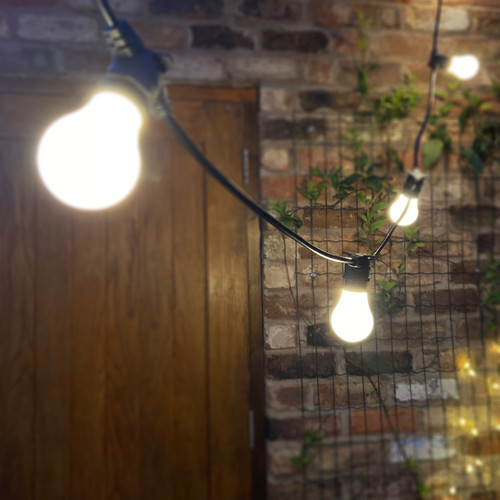 5 Metre, 10 GLS Lamp Connectable Festoon String Kit, 500mm Spacing with 10 bulbs, B22, Warm White