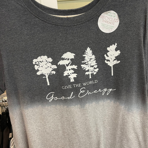 TEE GIVE THE WORLD GOOD ENERGY GRAY/BLACK