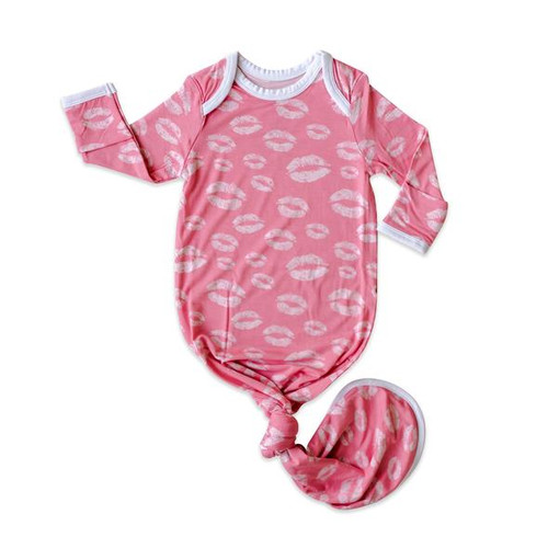 LITTLE SLEEPIES PINK KISSES BAMBOO VISCOSE INFANT KNOTTED GOWN