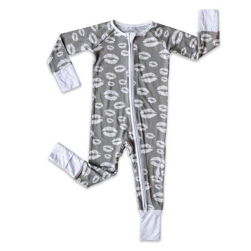 LITTLE SLEEPIES GRAY KISSES BAMBOO VISCOSE ZIPPY