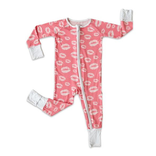 LITTLE SLEEPIES PINK KISSES BAMBOO VISCOSE ZIPPY