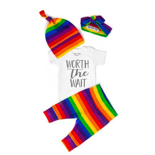 NEWBORN OUTFIT SET WORTH WAIT RAINBOW UNISEX