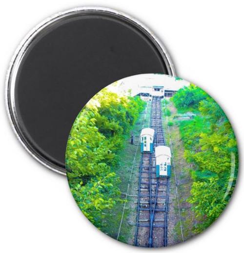 CIRCLE MAGNET 4TH ST ELEVATOR