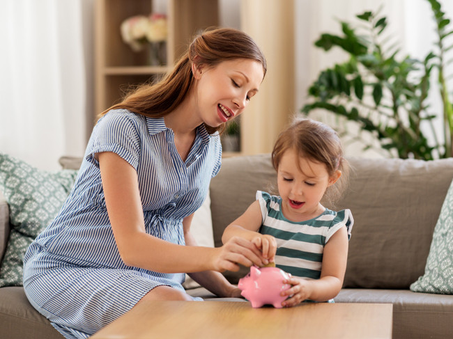 How to Save Money While Preparing for a Baby