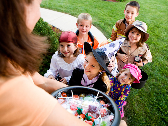 Taking Kids Trick-Or-Treating While Pregnant