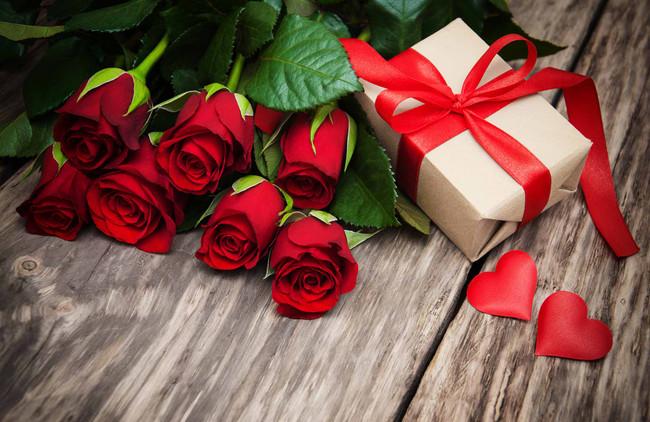 Valentine's Gift Ideas for Pregnant Women
