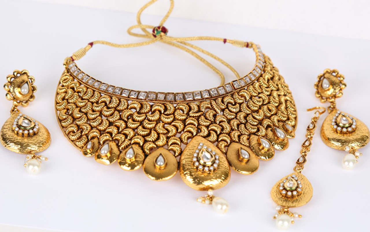 Indian Bollywood Style Handcrafted Traditional Fashion Necklace