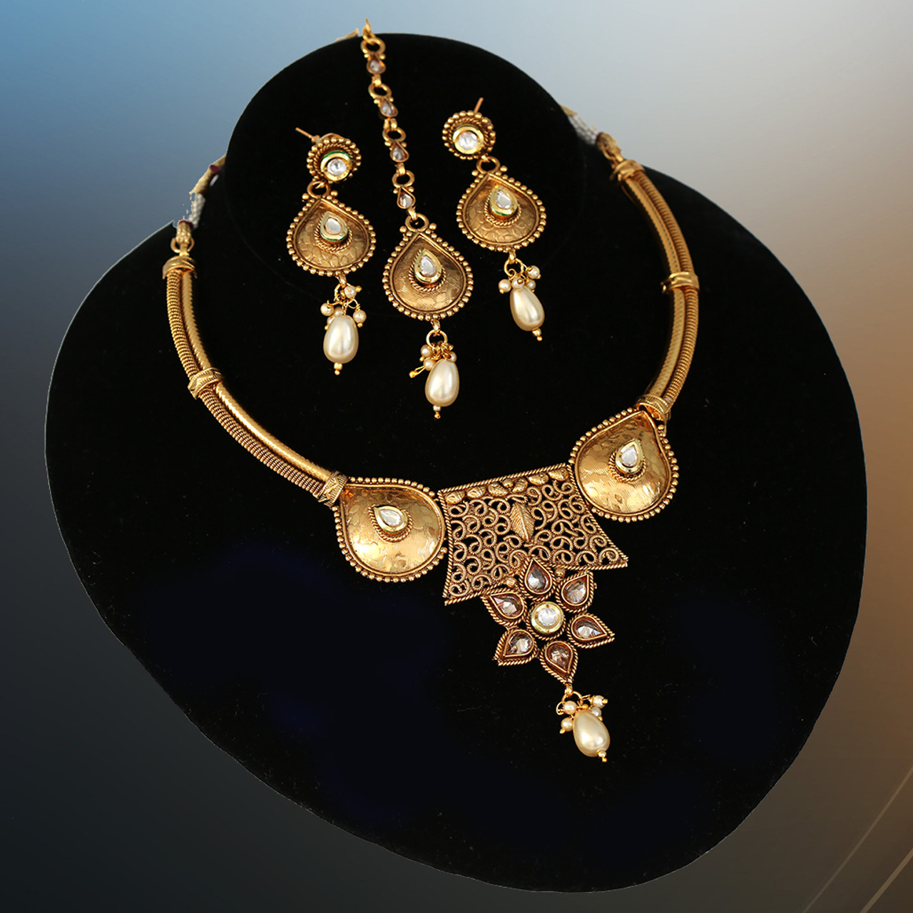 Beautiful Party Wear Matte Finish Topaz Kundan Choker Gold Imitation Jewellery Set India Bridal & Wedding Party Jewelry