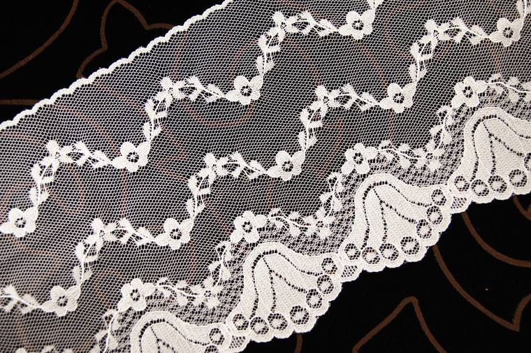 "6"" Off-White Floral Lace Trim Wholesale"