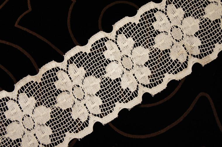 """2 1/2"""" Beige Floral Wholesale Lace Trim #lace-519"""