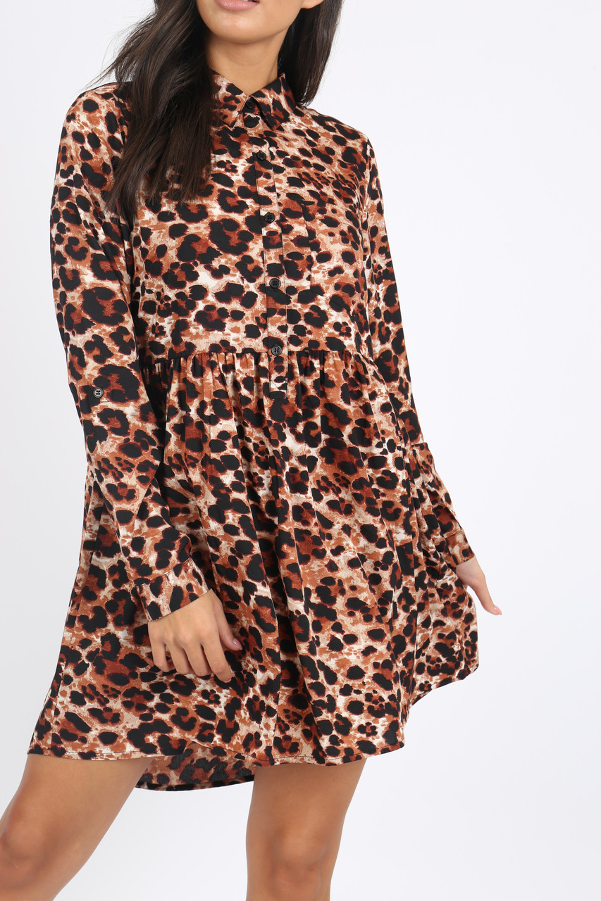 Leopard Animal Print Dip Hem Shirt