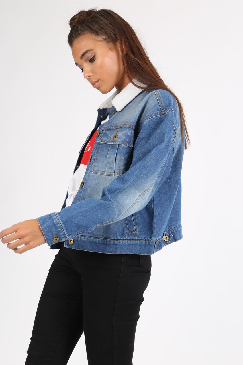 Mid Wash Fur Collar Denim Jacket