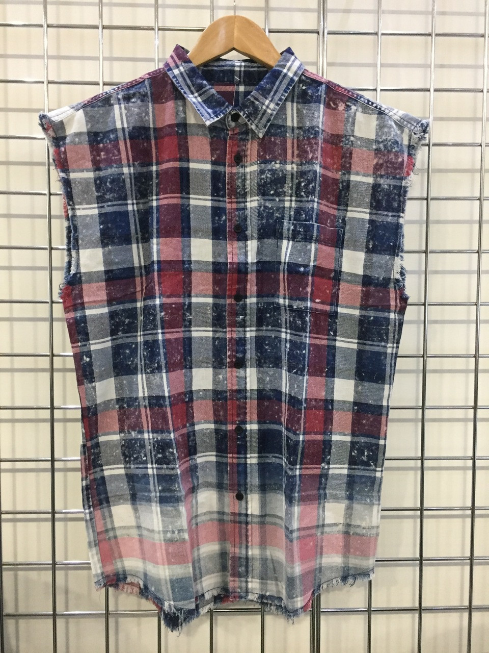 Sleeveless Check Shirt