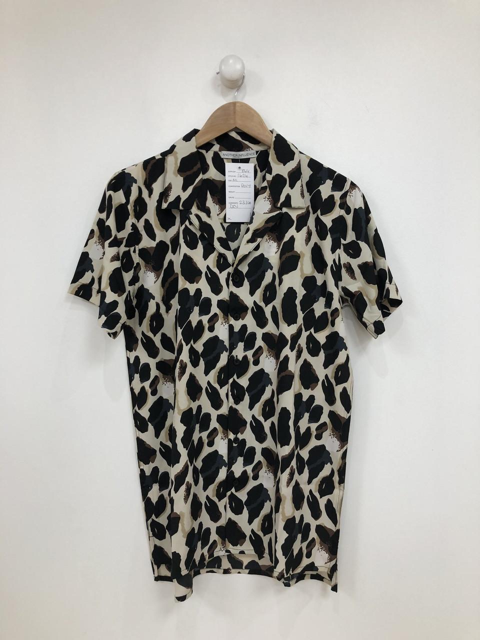 Leopard Print Short Sleeves Shirt