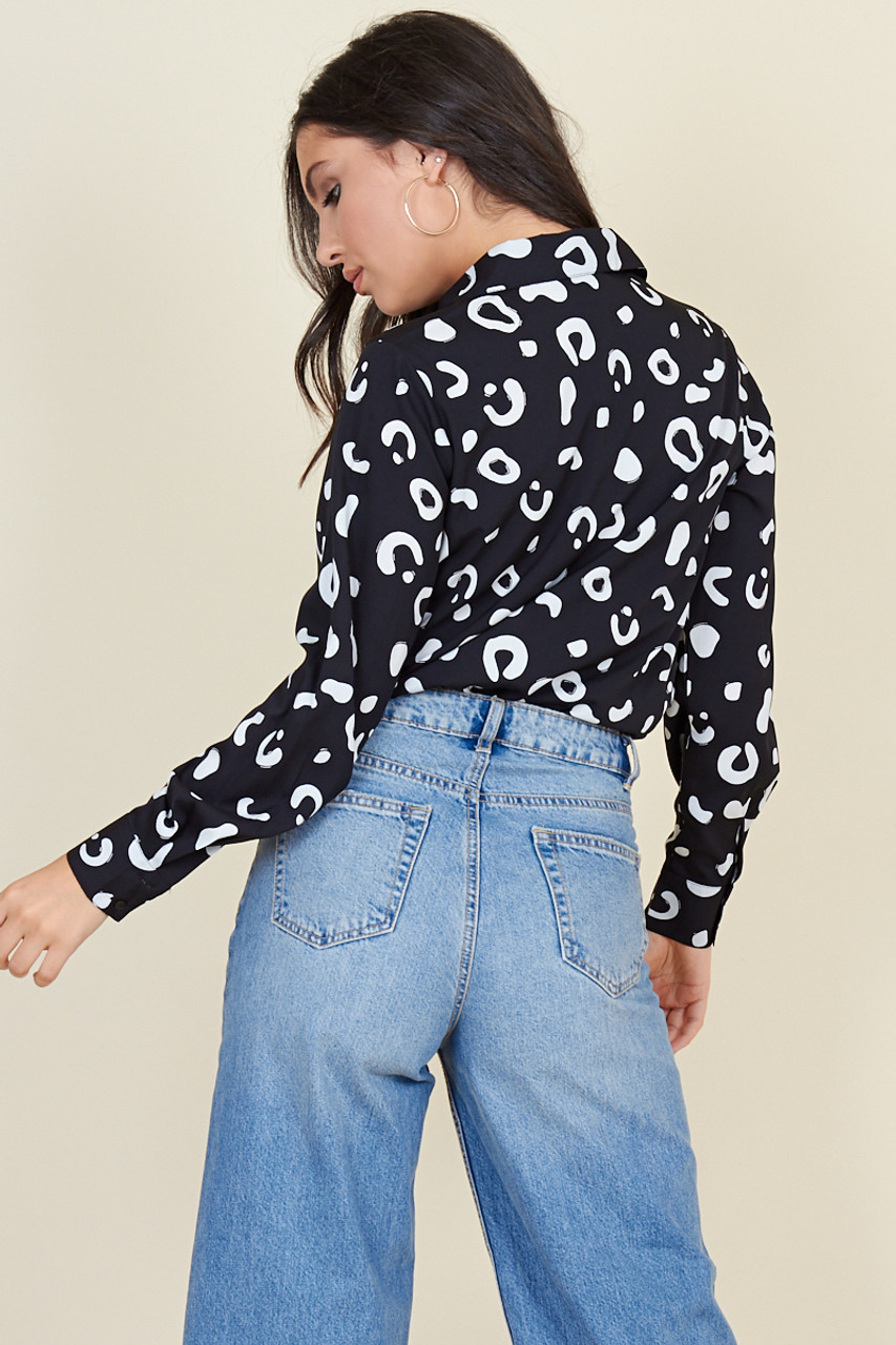 Black White Squiggle Cropped Drawstring Waist Shirt