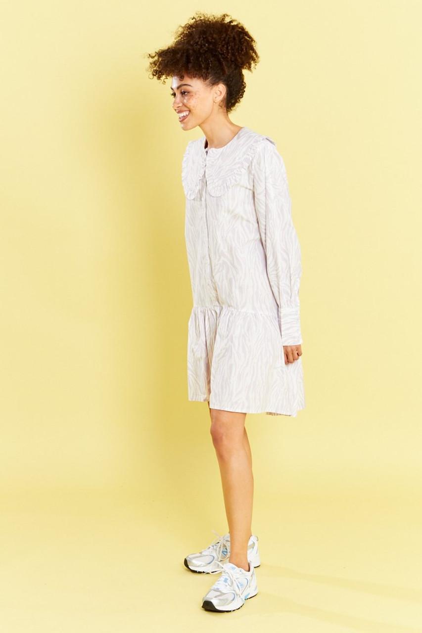 Dreya Animal Full Drop Waist Shirt Dress With Oversized Collar - Lilac