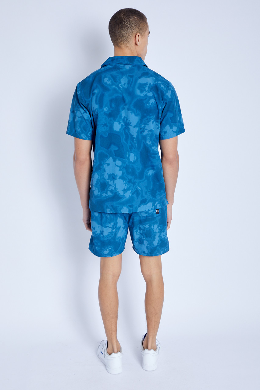 Short In Tie Dye Print