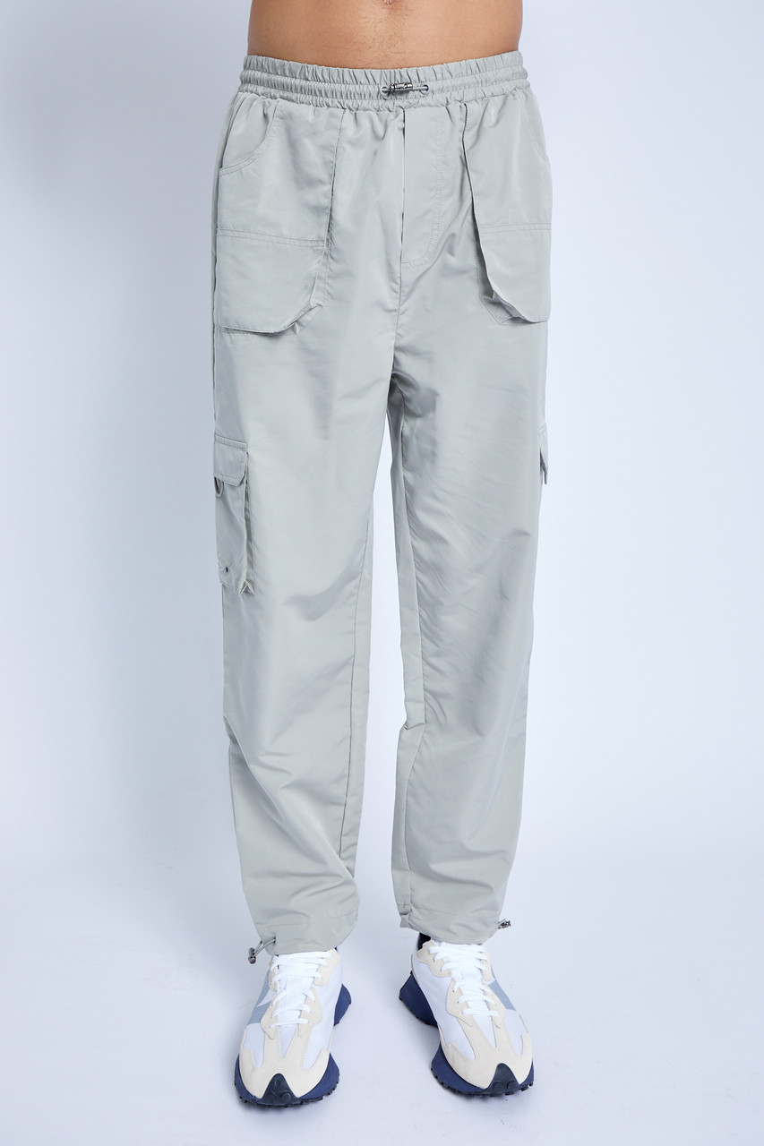 Trouser Wuth Cargo Pockets And Toggle Hem In Peached Nylon