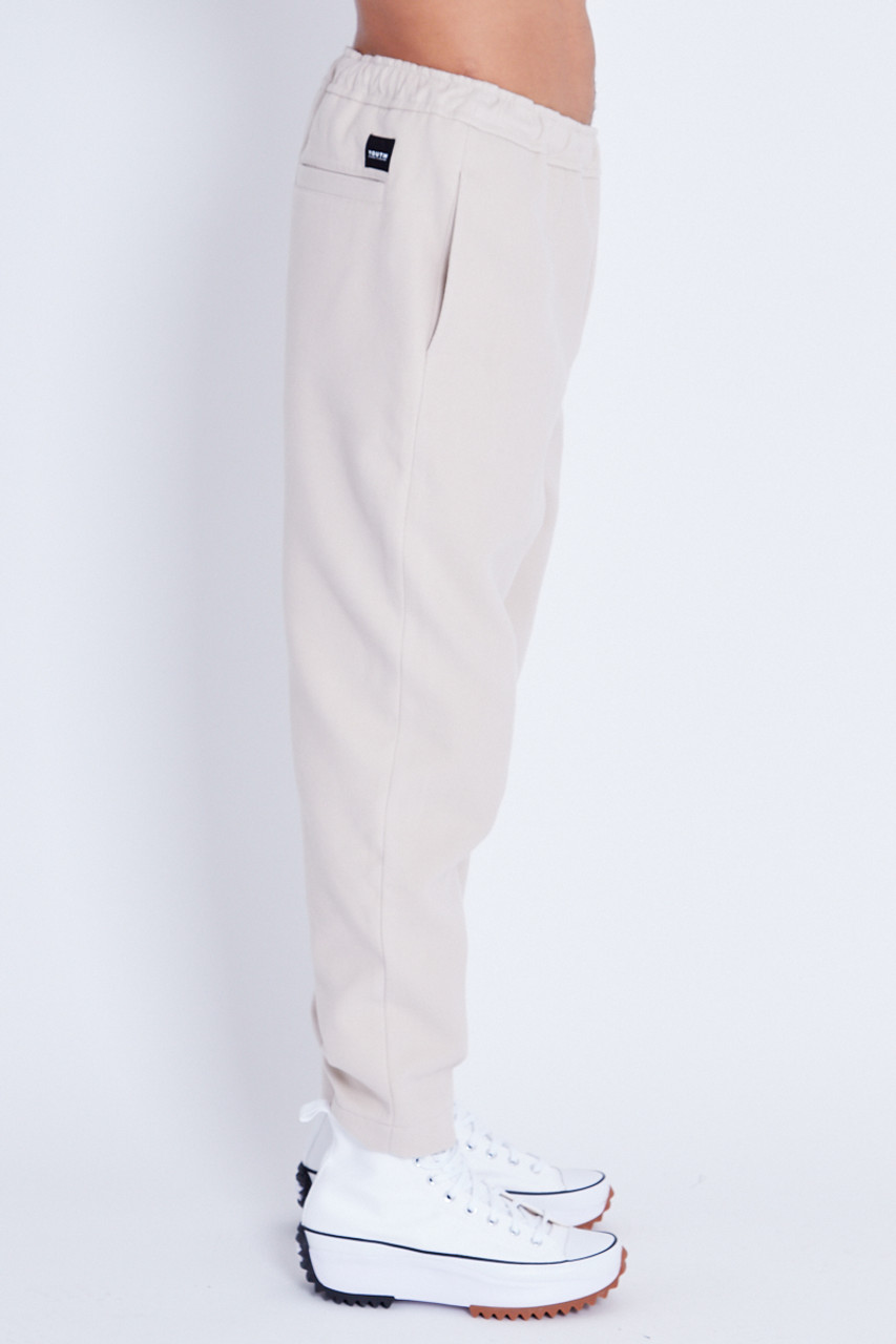 Wool Trouser With Pin Tuck