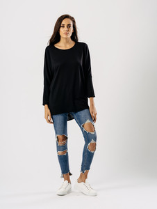 Jersey Long Sleeves Dip Hem Top in Black