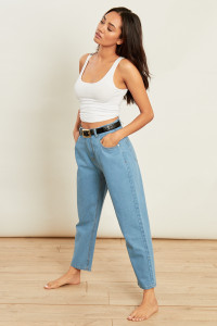 Light Wash High Waisted Mom Jeans