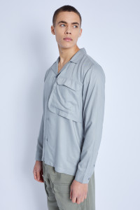 L/S Shirt With Oversized Utility Pocket