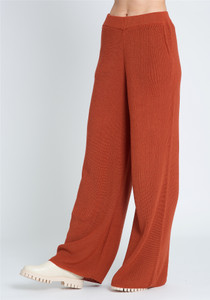Wide Leg Knitted Pant In Awkward Length