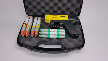 JPX 4 Shot Compact Pepper Yellow Gun LE Bundle with Level 2 Holster