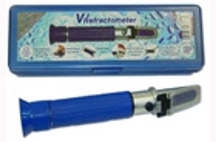 V2 Refractometer - w/ Auto Temp Compensation :: 0740010