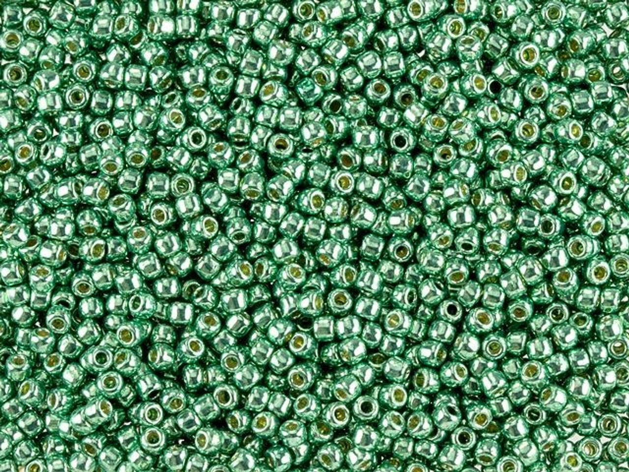 Hotfix iron on Transfer Green Glitter Celtic  knot Design triangle size 4 inches