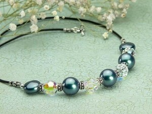 Jewelry Designs Using Crystal