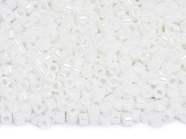 TOHO Aiko 11/0 Opaque White Luster Precision Cylinder Seed Beads, 4g Pack