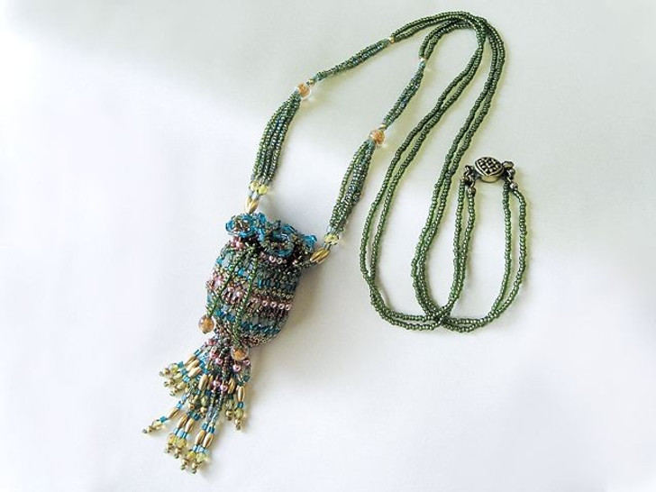 Bead Artistry Kits : Amulet Pouch Necklace - Green
