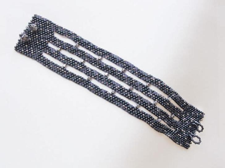 Bead Artistry Kits : Bracelet with Metal Beads - Dk Blue