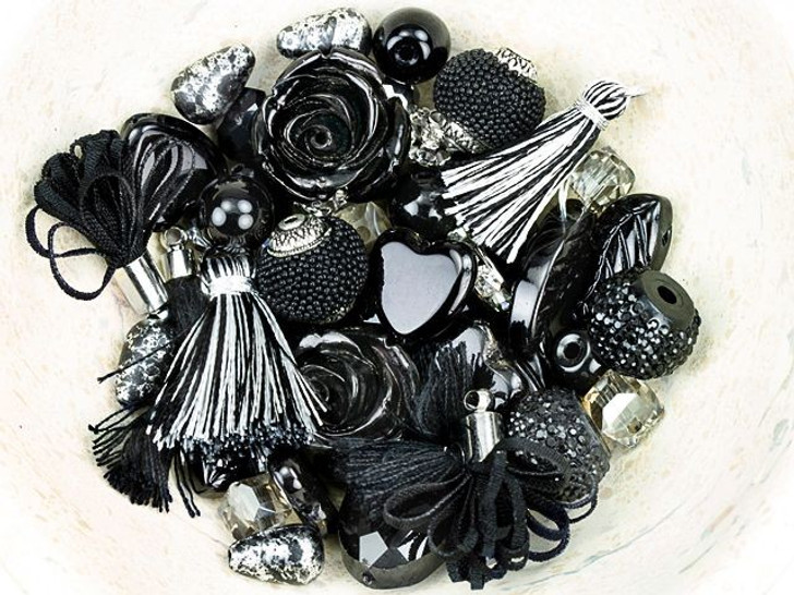 Jesse James Beads Design Elements Bead Mix in Noir
