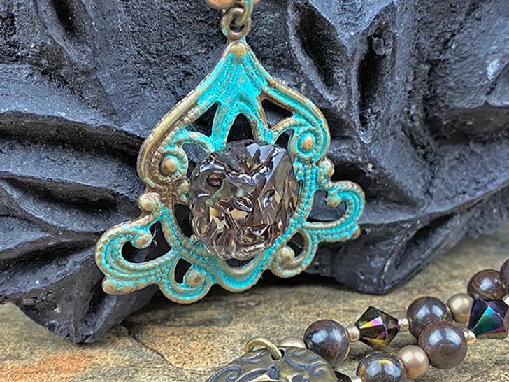 Swarovski 2844 17mm Lion Flatback Crystal Gold Shine V CalVSI (GSVCV)