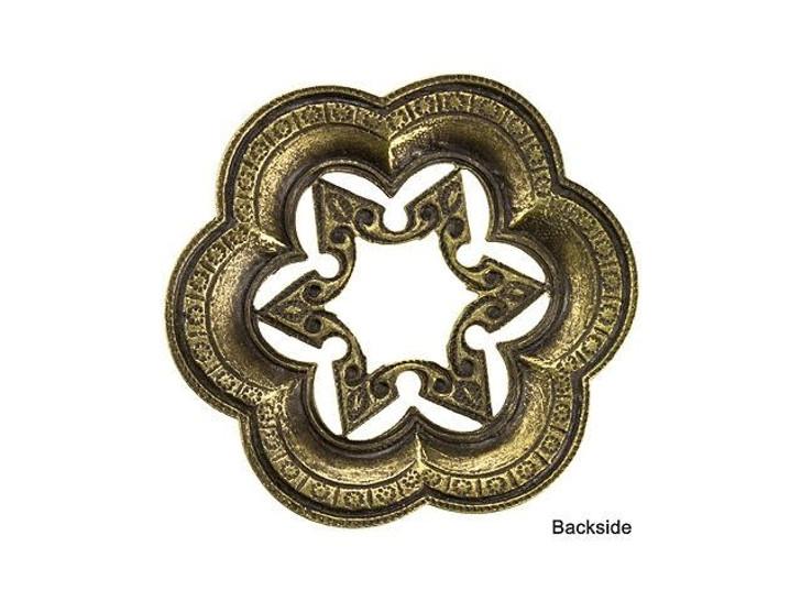 Brass Scalloped Filigree Star Embellishment
