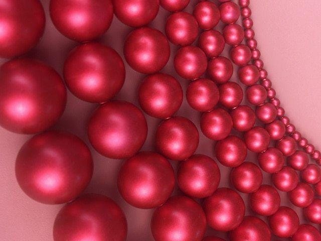 Crystal Rouge Pearls 2020