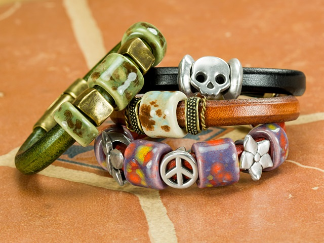 Regaliz Leather Bracelets