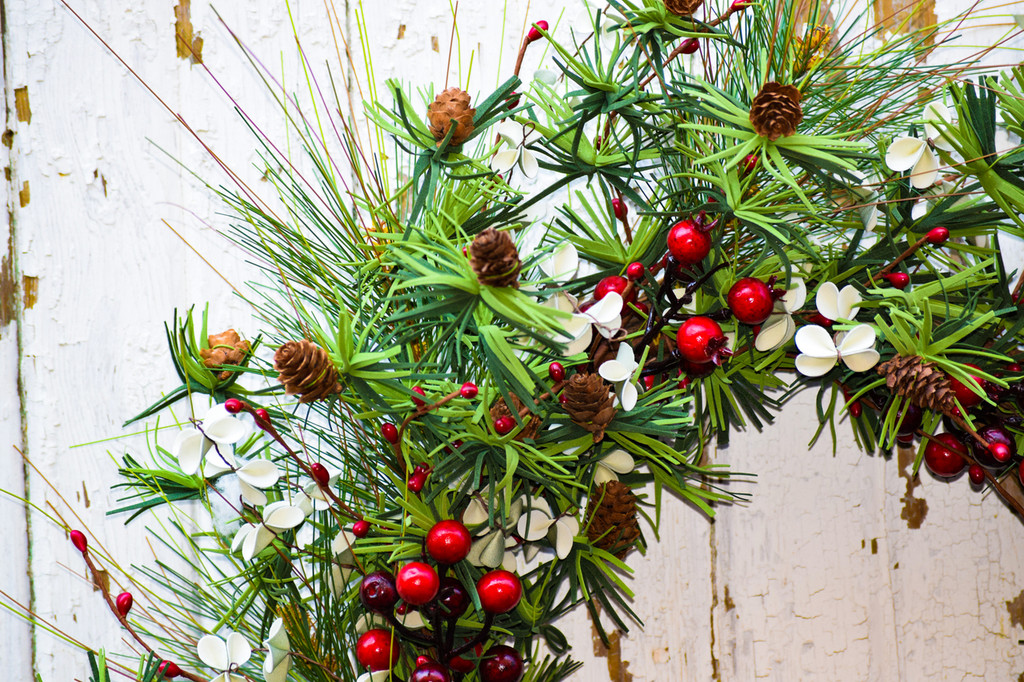 HOLIDAY PINE & BERRY WREATH - 24""