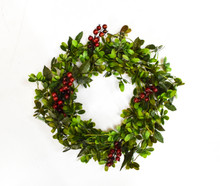 MISTLETOE & BERRY CANDLE RING - 10""